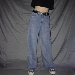 🚚 復古高腰牛仔褲