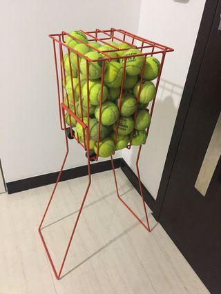 Tennis training ball basket / holder