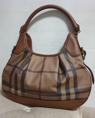 🚚 Burberry Bag