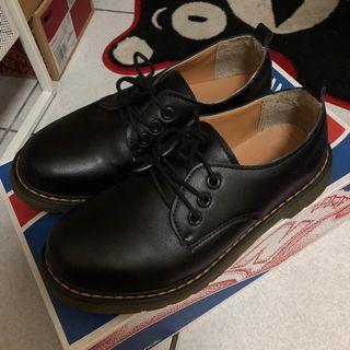 🚚 復古真皮小皮鞋 馬丁鞋