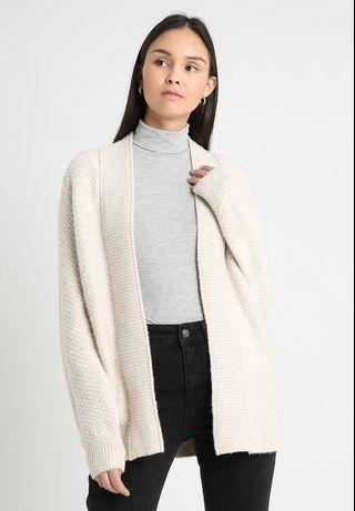 A&F knitted cream wool cardigan