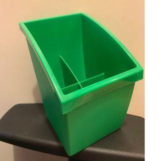 IKEA 護眼綠色 四格收納箱 整齊由收納開始 !!!  ~ 32CM X 11 CM