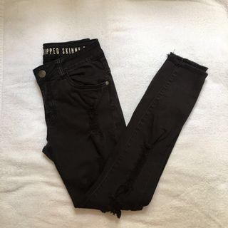 black demin ripped jeans