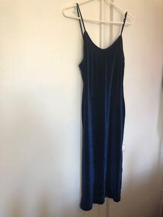 Fashion Nova Navy Velvet Dress w/ Slit (Sz M-XL)