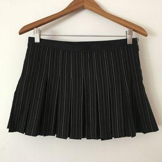 Guess Jeans pleated schoolgirl skirt