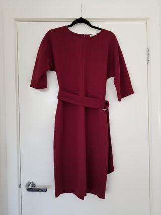 Warehouse burgundy dress size 10 with pockets