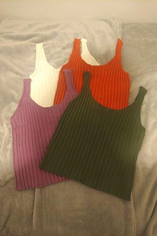 4 Ribbed Cropped Tank Tops