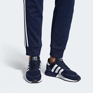 Adidas 大特價
