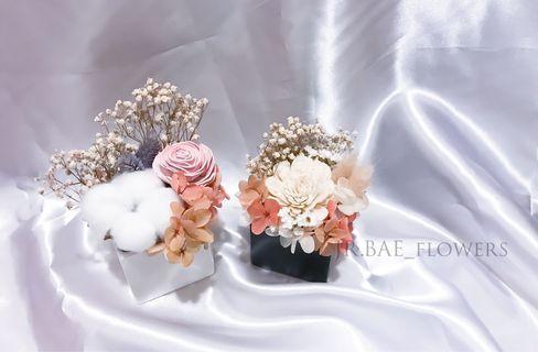 🚚 【 永生花盆 】夏日單品 白色花系 小白梅 乾燥花 情人節禮物 生日禮物 畢業禮物 乾燥花裝飾品 結婚小物