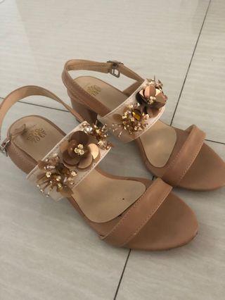 Local Id Brown Heels