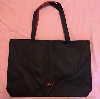 🚚 Brand new Hugo boss tote bag - $10