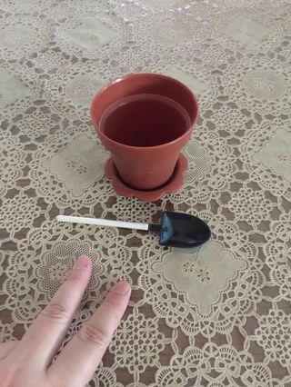 Mini Flower Pot and Spade