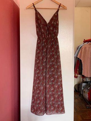 Midi Spaghetti Straps Dress in Maroon