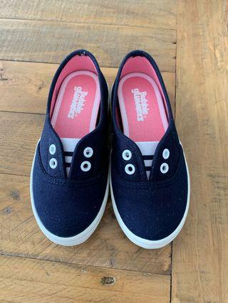 🚚 Blue shoes, UK kids size 10 EU size 28