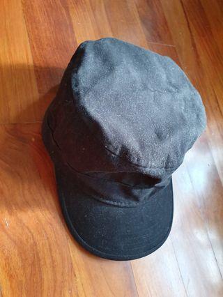 🚚 Black canvas cap