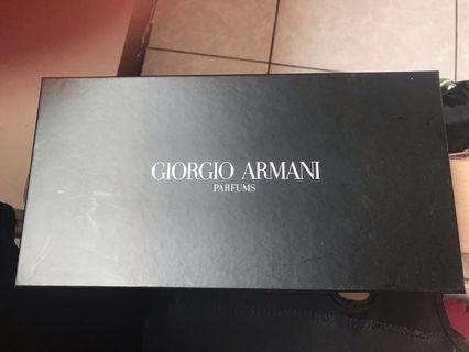 🚚 Giorgio Armani 手拿包