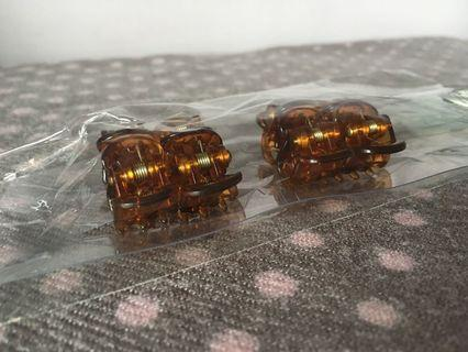 (8 pieces) Mini Claw Brown Hair Clips