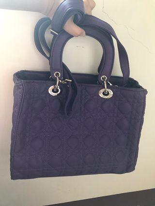 🚚 紫色手提包(可肩背)