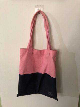 🚚 Jack Wills Tote Bag