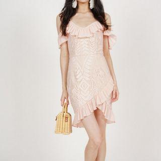 🚚 Pink Lace Off Shoulder Dress