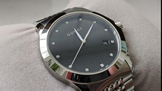 [LNIB] Gucci Designer Men's Watch YA126405 G-Timeless (Diamond Indices on Dial)