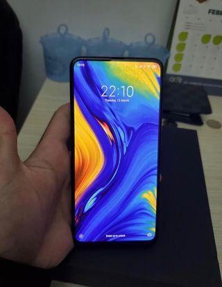 Xiaomi Mi Mix 3 小米 mix 3 (still under warranty)