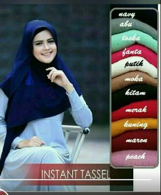 Hijab instan tassel