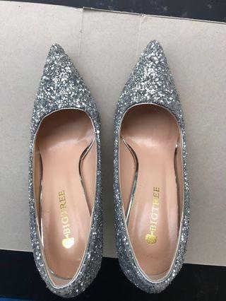 Silver blink sparkling party heels for sale