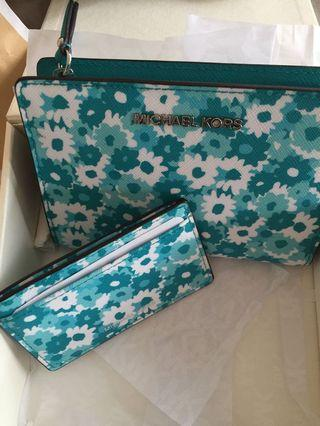Michael Kors Blue Flowers Purse & name card