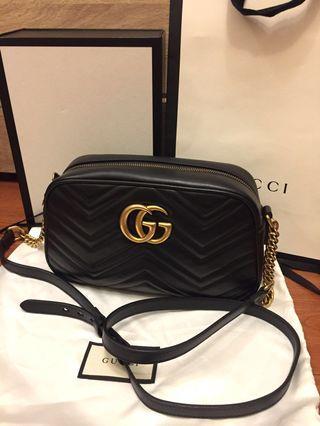 [真品] Gucci GG Marmont 黑色中款24cm相機包