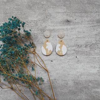Shimmer floral series Droplet dangle