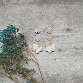 Shimmer floral series Tri floral dangle