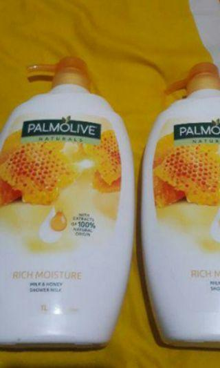 Palmolive Milk & Honey Shower Gel/Sabun Mandi Susu