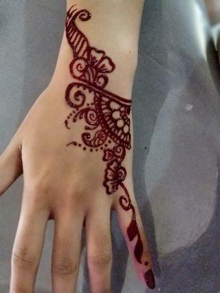 🚚 Henna