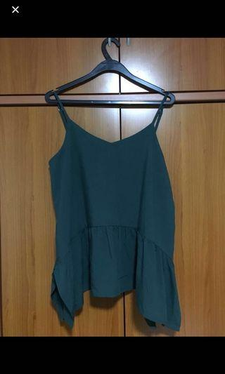 Dark green spaghetti flare top