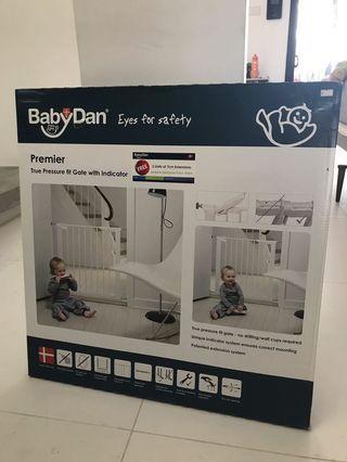 BabyDan True Pressure fit Gate with Indicator