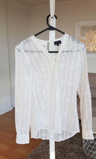 Bardot Top Size 6 White Long Sleeve
