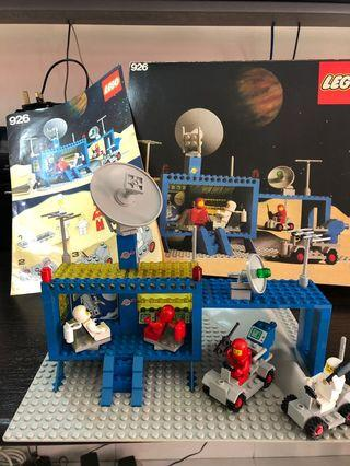 RARE VINTAGE (1979) SPACE AGE LEGO SET