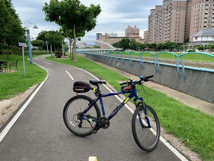 捷安特 GIANT YUKON 變速腳踏車 已裝好低阻置物箱 CATEYE 哩程紀錄器+鈴鐺