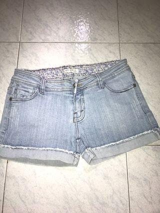 Hotpants/celana pendek jeans/shortpants jeans