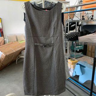 Bnwt office dress in S/M/L