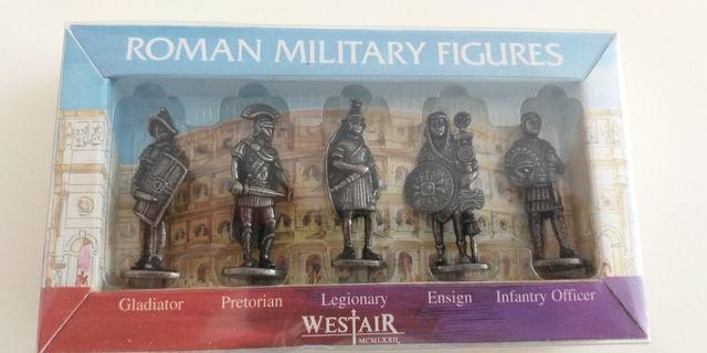 Set of 5 Romans Military figures in Box