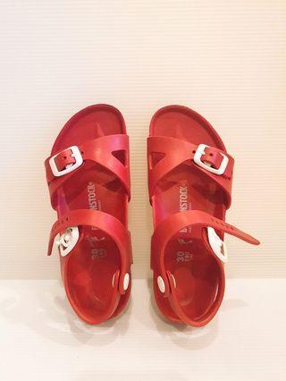 🚚 Birkenstock 兒童防水博肯紅色涼鞋 尺寸30/ 19公分
