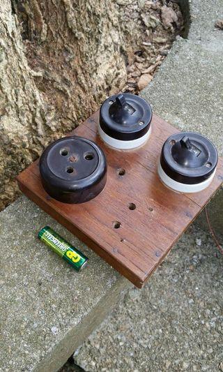 老香港舊电制連柚木底板擺設