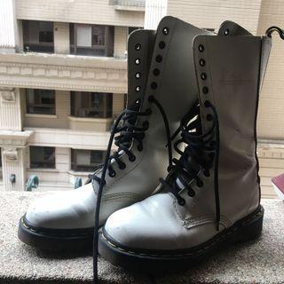 🚚 Dr.Martens高筒馬丁白皮靴