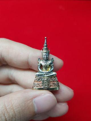 Emerald buddha , Phra kaew