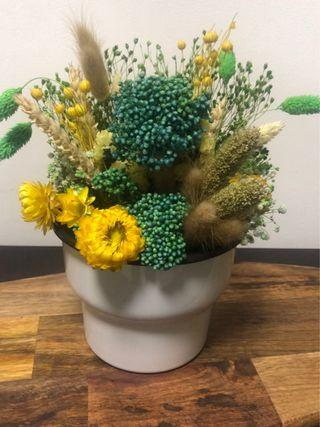 🚚 Dried flowers with vase for all seasons!