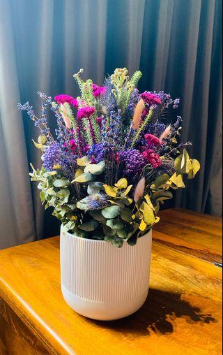 🚚 Colors of Africa - dried flowers with vase