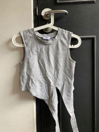 🚚 RWB Runway Bandits Grey Tie Front Crop Top