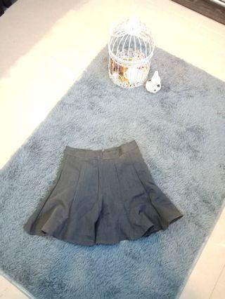 Dark Grey Pleated Mini Skater Skirt #CarouRaya